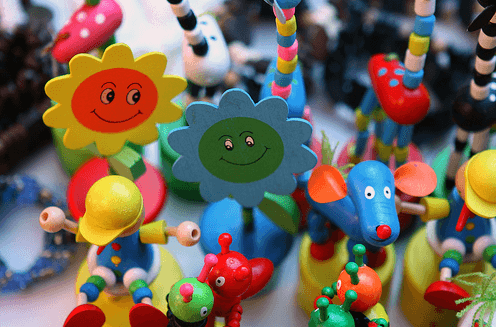 Покупка детских игрушек
